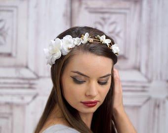 Bridal Crown, White and Gold, Floral Crown, Woodland Flower Crown Headpiece, Bridal Headdress, Rustic Wedding, Boho Headband
