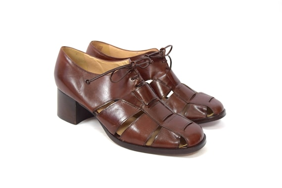 Vintage 90s Brown Leather Basket Woven Lace Up Oxfords (size 10)