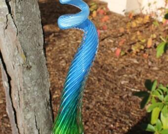 Lime Yellow to Sky Blue Variegated Glass Piggy Tail Glass Garden Art Sculpture Garden Finial Outdoor Decoration