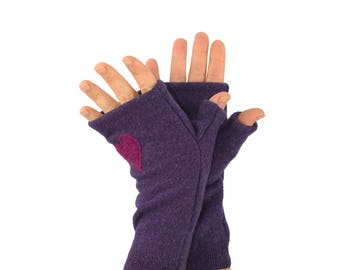 Fingerless Gloves in Royal Purple with Fuchsia Heart - Recycled Merino Wool