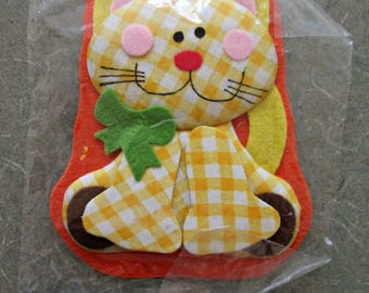 Vintage Fabric Cat Package Decoration, Package Topper, Gingham Cat, Cute Kawaii Zakka, Made in Taiwan, Flat Fabric Cat, NOS, Gift Decoration