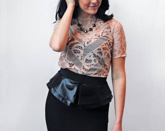 Lace Top with Sleeves / Holiday Fashion / Holiday Party / New Years Eve/ New Years Eve Party / NYE / Lace Fashion / Special Occasion / Eco