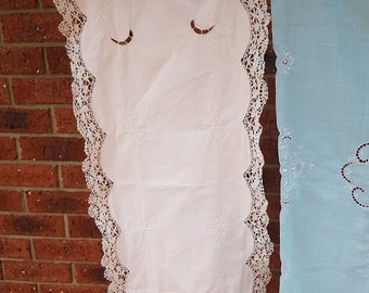 antique vintage table runner, crocheted edge, victorian doily, antique linens, cutwork embroidery