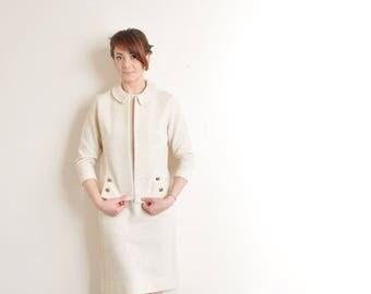 cream mod dress and jacket set . 2 pc vintage 1960s knit jackie o wear .small