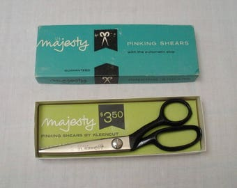 Vintage Majesty Deluxe Kleencut Pinking Shears - Scissors