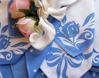 Vintage Tablecloth with Napkins, Set of Ten, Antique Blue and White set, High Tea Linens, Shabby French, by mailordervintage on etsy