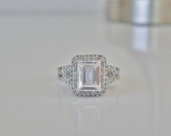 Estate Vintage Sterling Silver 925 4ct Emerald Cut Simulated Diamond Halo Engagement Bridal Ring Size 8