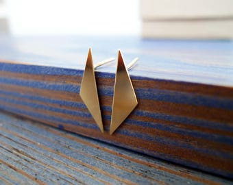 The Origami Gold Stud Earrings. Pair of Recycled 14K Solid Gold Triangle Earrings. Modern SabiWabi Studs. Stylish Zen Geometry Glam.