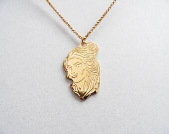 amy winehouse necklace
