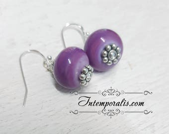Lampwork bead purple earrings, OOAK, SABOLW01