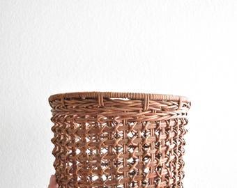 boho woven rattan bamboo basket planter / cut out pattern