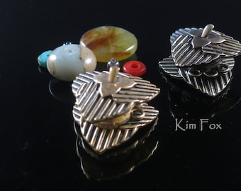Pumpkin Leaf Magnetic Clasp in Golden and White Bronze - Strong Magnetic clasp with 3 loops - Designed by Kim Fox