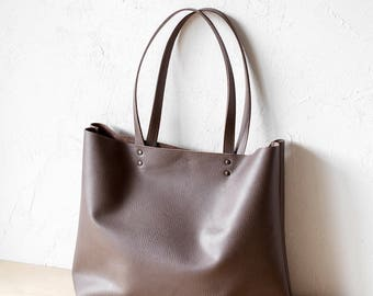 Xmas in July Large Mocha Leather Tote bag No. Ltb-1509