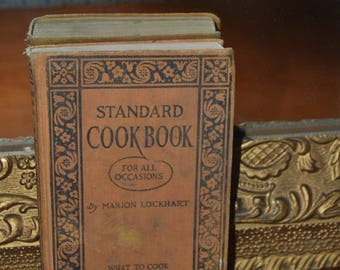 Vintage cookbook~Cookbook, Kitchen Decor~1920's Cookbook~Collectable Cookbook