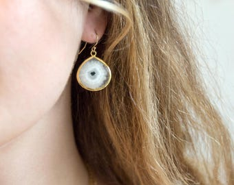 Solar Quartz Drop Earrings, Modern Bridal Earrings, Statement Earrings, White Stone Earrings Gold, Bridesmaid Earrings, Boho Earrings Dangle