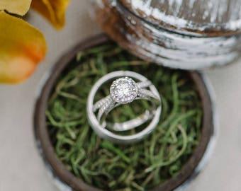 White Wash Rustic Ring Box Ring Gift Box Keepsake Ring Box Dark Walnut Ring Box Rustic Wedding Ring Box Round