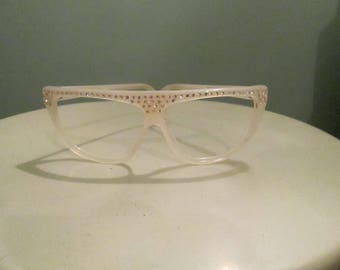 1980s Oleg Cassini Oversized Eyeglasses White Sunglasses Diamanti Rhinestones