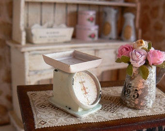 Kitchen scale dollhouse - Miniature - Scale 1:12
