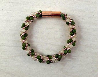 JADE AND PINK Quartz Bracelet with Copper Seed Beads and Copper Magnetic Clasp