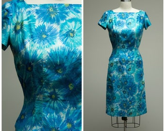 Vintage 1950s Dress • Young Journey • Blue Floral Polished Cotton 50s Sheath Dress Size Small
