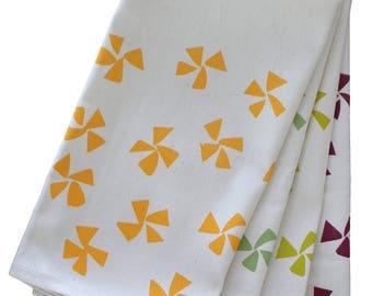 Pinwheels Organic Napkin Set - multi colored