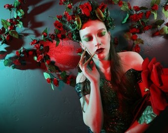 Poison Ivy flower crown cosplay costume halloween villainess