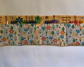 Nature Crayon Roll w/ crayons
