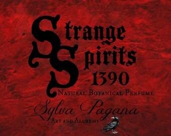 Natural botanical perfume - STRANGE SPIRITS 1390 - mulled wine spices medieval winter yule cologne organic