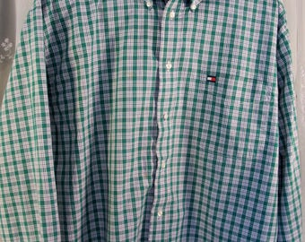 Vintage 90's men's Tommy Hilfiger green plaid button down long sleeve shirt L