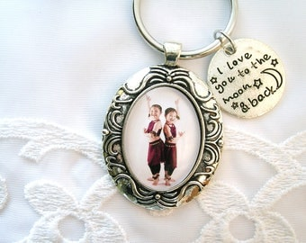 Custom Key Chain Photo Keychain Gift for Mom Personalized Gift for Grandmom Daughter Gift Pet Memory New Car New Home Gift Girlfriend Key