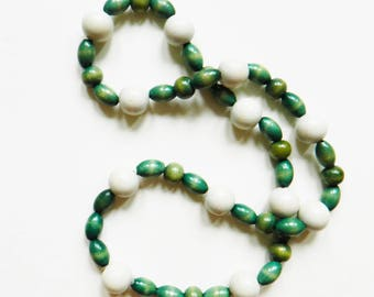 Bohemian Vintage Wooden Bead Necklace / Boho Jewelry 1970s Leaf Green and White Beads / Retro Bohemian Necklace