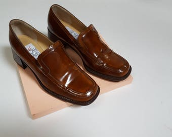 1980s Amber Brown Italian Leather Square Toe Heeled Loafers by Joan and David - Womens Size 7 / 37