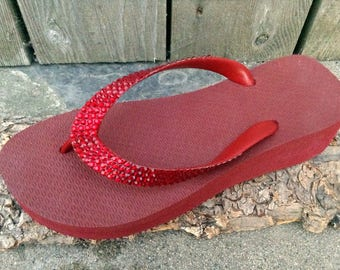 Custom Deep Mystic Tomatoe Red Crystal 1.5 Wedge Flip Flops w/ Swarovski Bling Ketchup Brazilian Cariris Heel Beach Glass Slippers shoes