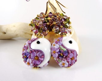 Earrings plated gold-lampwork Lampwork - swarovski - white purple.