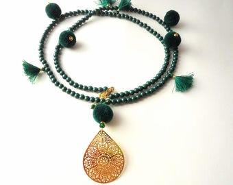 tassel necklace, pom pom necklace, emerald green necklace, kelly green necklace, boho necklace, winter trends 2017, gold pendant necklace
