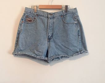 90s high waisted denim shorts, Manager jean shorts, size 30 -vintage-