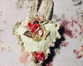 Valentine Heart Shabby Lace Cream Pink Ornament
