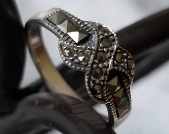 Sterling Silver Band with Marcasite Accents (st - 2192)