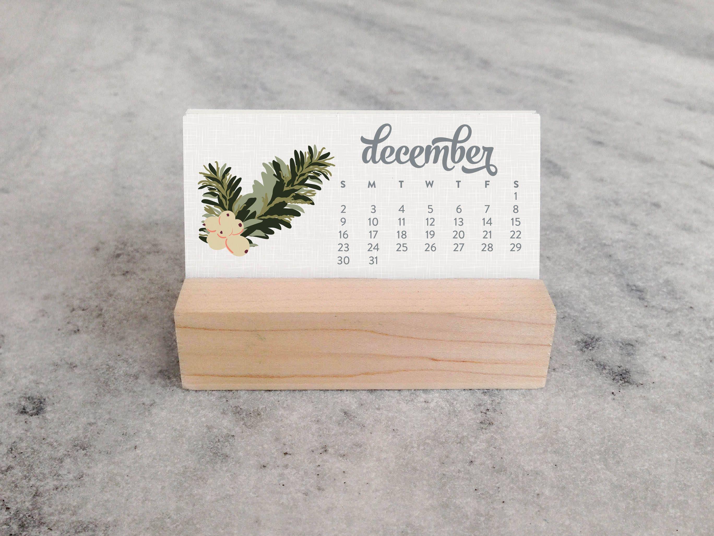 2018 mini desk calendar with wood stand monthly calendar, Badezimmer ideen