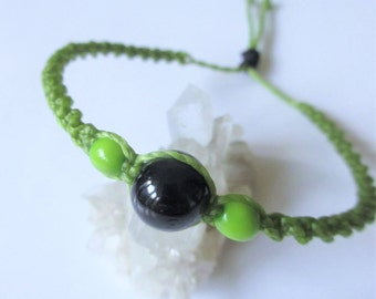 Black and Green Friendship/Love/Surf Spiral Bracelet handmade with waxed threads and dyed natural seed beads (Acai and Achira Beads)
