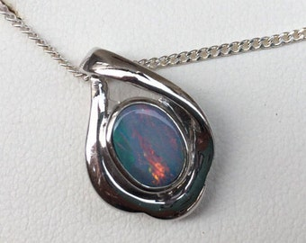 Australian Doublet Opal. Vintage. Sterling Silver Setting and Chain. New Old Stock with Box and Tag. Lovely Necklace.  Pendant. Jewelry