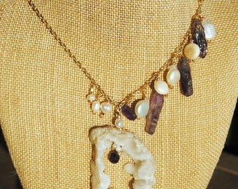 Geode Slice Pearl and Raw Amethyst Necklace