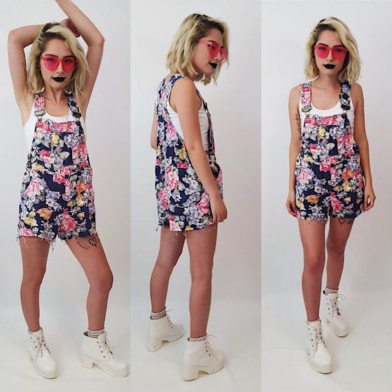 80's Early 90's Floral Overall Shorts - Small Medium Floral Shorteralls - Spring/Summer Women's Fashion - Sweet Girly Flower Pattern Jumper