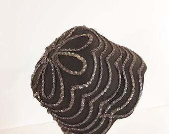 Vintage Brown Wool Cloche Hat / Wool Sequin 20s style Hat / 1970s Felt Hat Medium