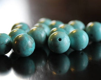 15 natural green turquoise beads, 10 mm, round beads, 1 mm hole, smooth and round