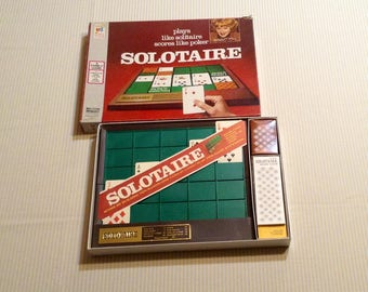 1973 Milton Bradley Solotaire Game - Plays like Solitaire, Scores Like Poker - Complete, Great Condition
