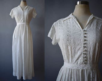 1940s White Eyelet Gown / White Cotton Gown / Rhinestone Buttons / 1940s Wedding Gown / Vintage Wedding Gown / Cotton Wedding Gown