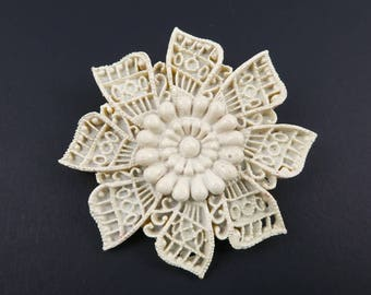 Vintage Cream, Flower Brooch, Early Plastic