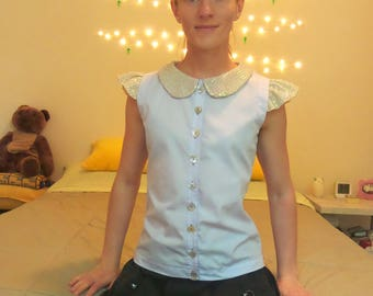 Blouse with iridescent Peter Pan collar (lavender)