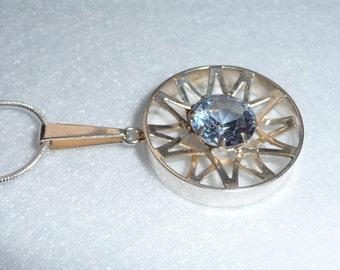 Pendant. Kultaseppä Salovaara. Silver and Crystal. Vintage.